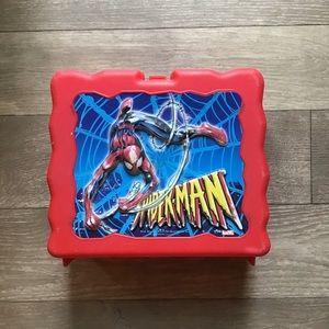 Vintage 2004 marvel Spider-Man lunch box